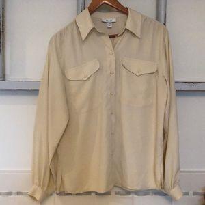 Topshop lovely flowy cream blouse EUC!